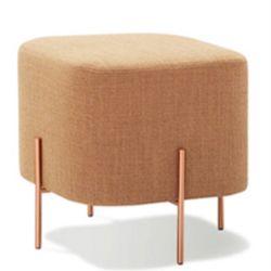 Chinês Mobiliário moderno Home Sala Chesterfield sofá de tecido Tamborete Luxury Perna de ouro nas fezes & Ottoman