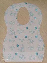 卸し売り使い捨て可能な赤ん坊の胸当ては幼児胸当てを防水する