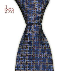 Design personalizado Navy Blue Laços Padrão Medalhão Tecidos de homens gravata seda