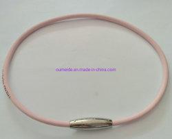 Halsband van de Juwelen van het Leer van het roestvrij staal de Vrouwelijke Roze