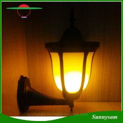 屋外の装飾的な照明96 LED壁の台紙の明滅の炎太陽ライト