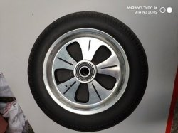 300-8 Rueda de goma de aleación de aluminio