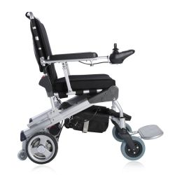Portátil y de energía eléctrica plegable silla de ruedas motorizadas scooters de movilidad con TUV