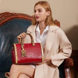 2021 حقيبة يد فاخرة للنساء حقيبة يد منقوشة بنقش الثعبان أصلية كيس جلدي من جلد البقر للسيدات