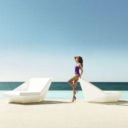 Aufenthaltsraum-Strand des Fiberglas-Y067 im Freiensoem-Stuhl mit Regenschirm