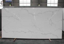 L'uomo materiale superiore di marmo decorativo domestico ha fatto la pietra del quarzo di Calacatta