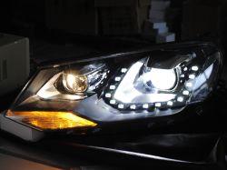 Los faros de iluminación LED de piezas de automoción lente del proyector Biled Lámpara para Volkswagen Touareg 2011