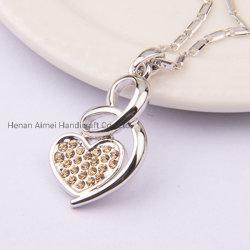 Pendente Heart-Shaped encantador Colar Curto Colar Moda Ornament