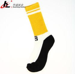 Le logo OEM Coton Mens Design personnalisé Chaussettes de sport bas Terry