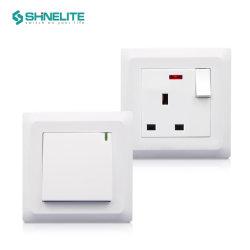 Британского стандарта стены кнопочный переключатель электрического разъема переключателя освещения