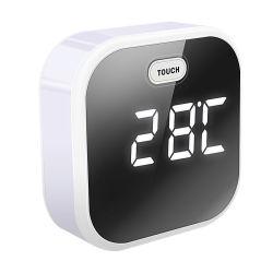 작은 귀여운 달래는 LED 밤 빛 색깔 변화를 가진 장식적인 테이블 해돋이 시계