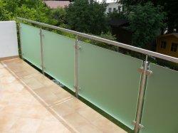 Baranda de vidrio de acero inoxidable de OEM/pasamanos/barandilla de Balcón/Terraza/Jardín de la Escalera o Escalera de los racores de cerca por China Factory