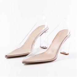 La mujer de cristal transparente de sandalias de dedo puntiagudas Tacones Zapatos de damas de PVC bombas