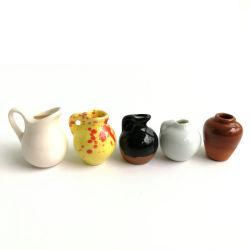 Vase en céramique 1pcsmini poterie Doll miniatures 1 : 12 Chambre accessoires mobilier miniature en porcelaine décorative Dollhouse Toy