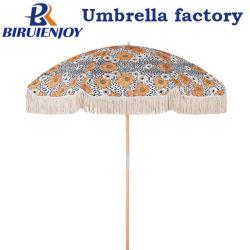 Kundenspezifischer hölzerner UVstrandsun-Luxuxregenschirm mit Baumwolltroddel-Franse für Küste/Garten/im Freien