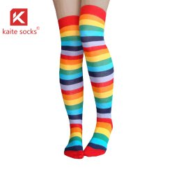 2020 горячая продажа мужчин на складе с высоким подниманием коленей Sock Sock долго мужчины высокие носки для мужчин