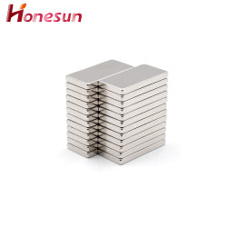 Materiais magnéticos de tamanho personalizado Permanente NdFeB N35 - N52 Strong sinterizada