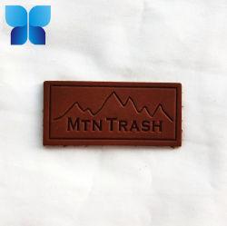 Etichetta in pelle goffrata con logo personalizzato per indumenti e jeans