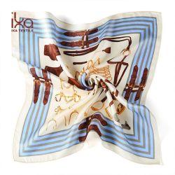 Aerolínea de último diseño Venta caliente pequeño cuadrado impresión de pantalla Pañuelo de seda corbata para mujeres