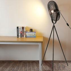 Estilo artístico Vintage Swingable lámpara estándar Nordic Hotel Habitación Trípode Iluminación lámpara de pie