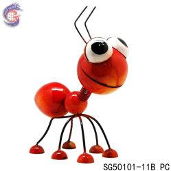 Mestiere durevole sveglio delle decorazioni della piantatrice di arte del giardino della formica del metallo