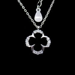 Form CZ-Steinblumen-geformte Abend-Partei-Halskette mit reinen silbernen Schmucksachen