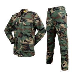 Militaire stijl Uniform Woodland Camo Army stijl Combat Shirt Uniform Militar Tactical Suit Kleding CS Softair Mannen Werkkleding Vrouw
