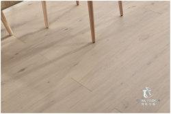 設計された木製のフロアーリングまたは堅材のフロアーリングまたは床タイルまたはPisosまたは寄木細工の床または木板かフロアーリングまたは材木Flooring/1900*190*15/4mm