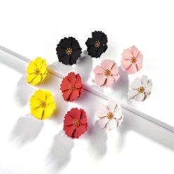 الربيع الصيف مشرق لون غير لامع طلاء المطاط بتلات زهرة ستود الأرانجز للنساء أزياء مجوهرات الأرانج