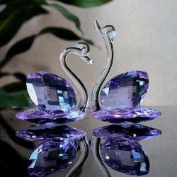 Cristal violet Swan cadeaux de mariage
