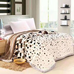 Einzelnes Bett-multi Farben-haltbares Luxuxhaus Using warme starke Winter Raschel Zudecke