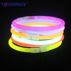 マルチカラーフラッシュブレスレットのネオン棒電子LEDの白熱ブレスレット
