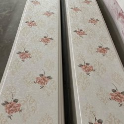 Laminato colore legno UV parete marmo lamiera parete pannello pure Bianco Brilliante Argento riflettente lucido Stampa cromata a caldo Pannello per soffitto in PVC