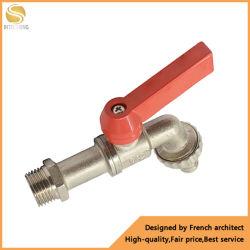 Nuevo diseño en rojo l nivel de empuñadura de latón Bibcock CW617n jardín de la válvula de grifo de agua