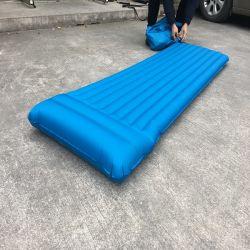Materasso di campeggio di sonno di auto di corsa gonfiabile esterna impermeabile portatile dei rilievi