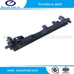 Injection de plastique du radiateur de refroidissement du refroidisseur de réservoir d'eau des pièces automobiles