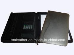 A4 CDホールダーが付いている革ジッパーのポートフォリオかファイルホールダーをカスタマイズしなさい