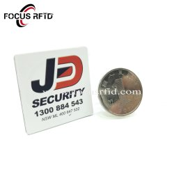 El control de acceso RFID Anti Etiqueta metálica NFC Adhesivo SLE4442 de la etiqueta de metal para el coche