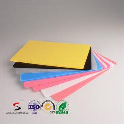 Carte de base en plastique ondulé