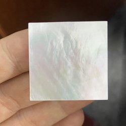 HQ Gems جودة عالية 30X30X1.5mm الطبيعية أبيض الأم لؤلؤة غلاف ورقة مربعة