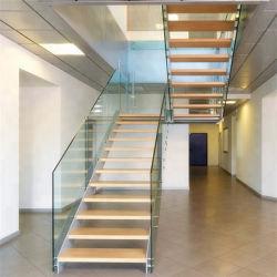 Dentro de casa moderna de la Escalera de acero flotante residencial escaleras/ Escalera recta con acero al carbono Stringer y madera Vidrio pasos pasos barandilla de vidrio