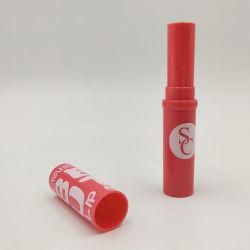 Бесплатный образец 3.5g красный цвет пластика леди губная помада манжетное уплотнение бальзам трубки