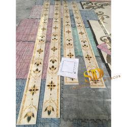 Mattonelle di marmo Waterjet del bordo del medaglione di stile del reticolo classico della flora per la villa/palazzo
