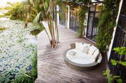 余暇のアルミニウム藤の円形の寝台兼用の長椅子の屋外の家具の日曜日のLounger
