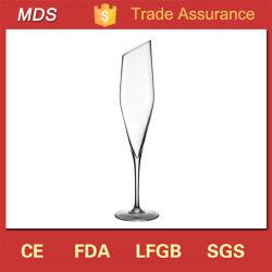 Mouth-Blown Oblique élégant longue tige de verre de champagne