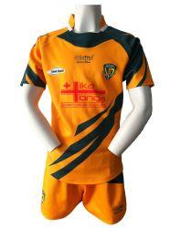 La sublimación de alta calidad Custom Color amarillo dorado y verde del deporte el desgaste de los hombres del equipo de Rugby Rugby Rugby juegos de camisetas Jersey y corto
