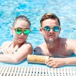 水で浮かぶ男女兼用のKat目のタケ木のサングラス