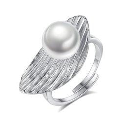 Silberne Frischwasserperlen-Ringe des Feder-Form-Entwurfs-925