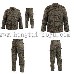 Vêtements de chasse tactique de camouflage militaire anorak de ski en hiver Hooded Jacket
