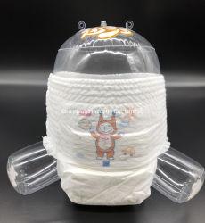 Bonne qualité de soins pour bébé bébé jetables pantalon Tirez des couches couches pour bébé avec l'impression de dessins animés de Pantalon Bébé couche ultra léger